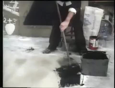 Watch Antoni Tàpies pintando en su taller GIF on Gfycat. Discover more Taller, abstracci, abstract, arte, informalismo, pies, pintura GIFs on Gfycat