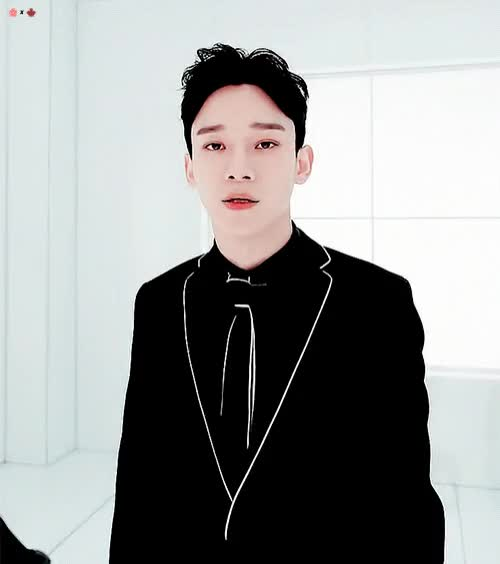 Watch Chen 2 GIF by jiminie pabo (@parkonjimin) on Gfycat. Discover more chen, exo, kpop, sexy GIFs on Gfycat