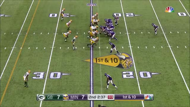 Watch and share Diggs Packers Diving Deep Grab GIFs by whirledworld on Gfycat