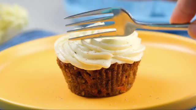 Watch and share Vegan Carrot Cupcake GIFs by Anna Lopez on Gfycat
