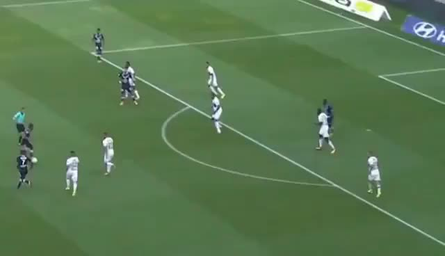 Watch Malcom Goal - Olympique Lyon vs Bordeaux 3-3 Ligue 1 19.08 2017 HD GIF on Gfycat. Discover more related GIFs on Gfycat