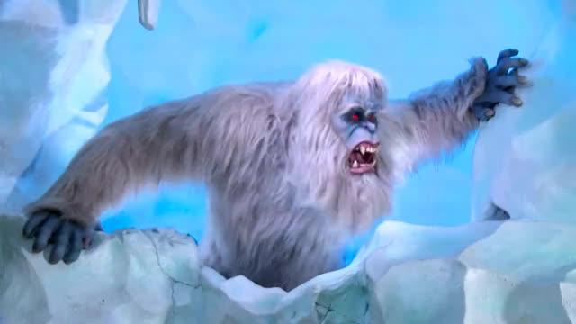 Watch New Yeti animatronic & effects on Matterhorn Bobsleds at Disneyland GIF on Gfycat. Discover more 60th, ANIMATRONIC, bobsleds, disneyland, effects, matterhorn, upgrade, yeti GIFs on Gfycat