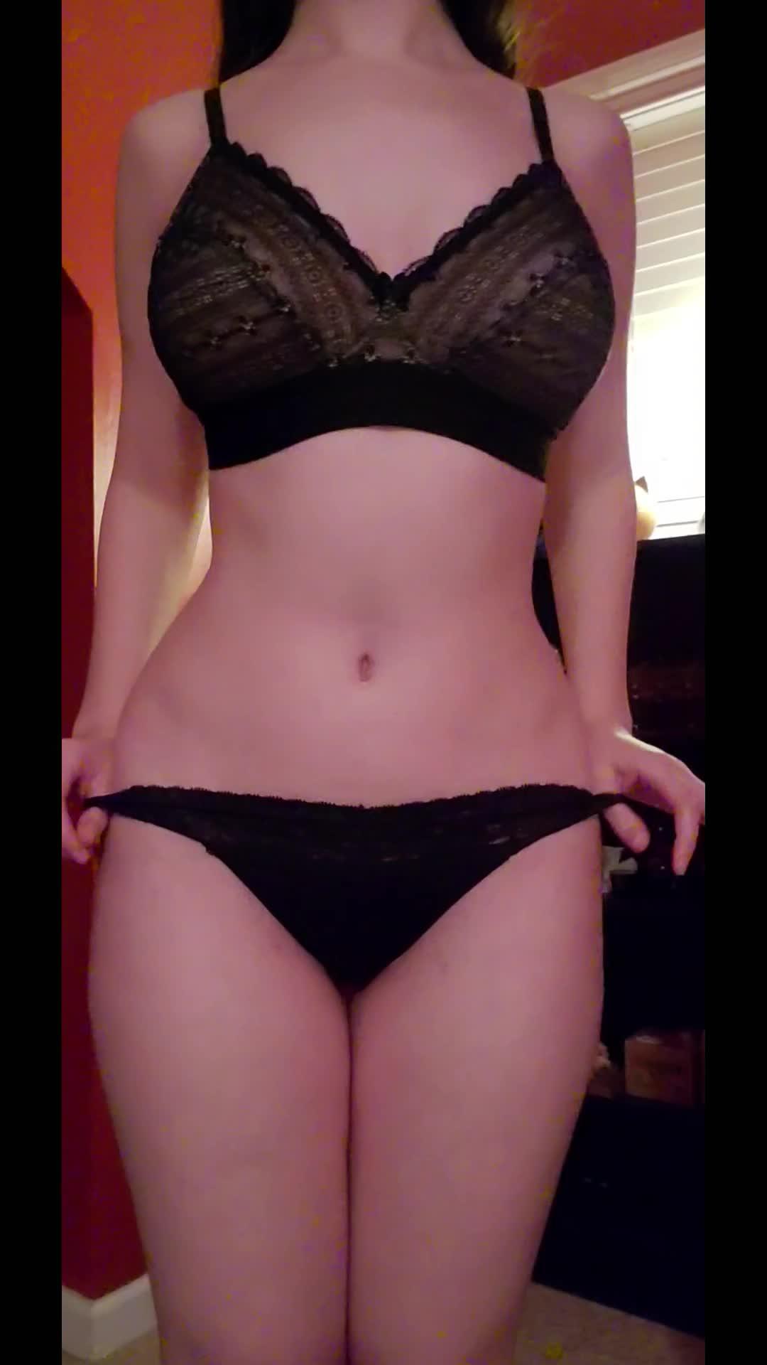 I made a short little strip tease! 😊