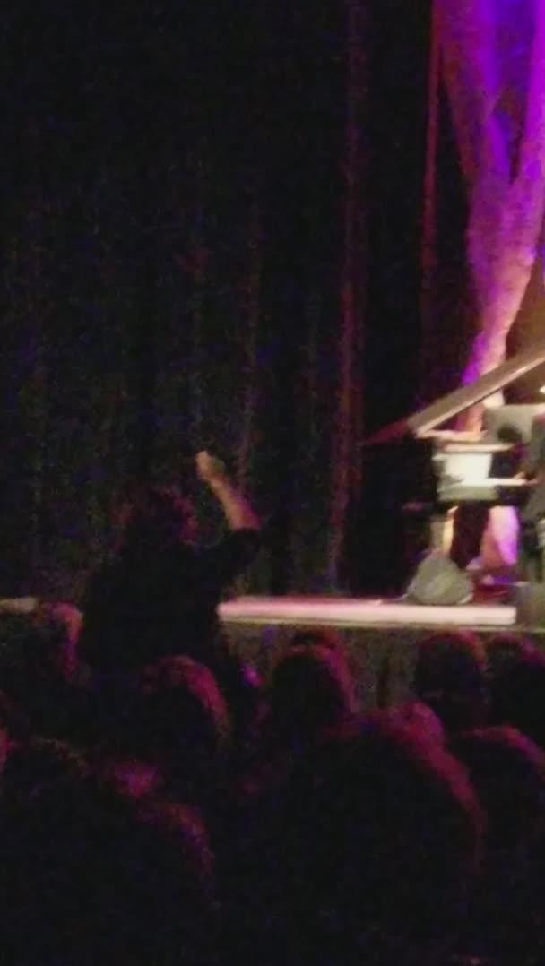 HMC while I make the whole audience cringe GIFs