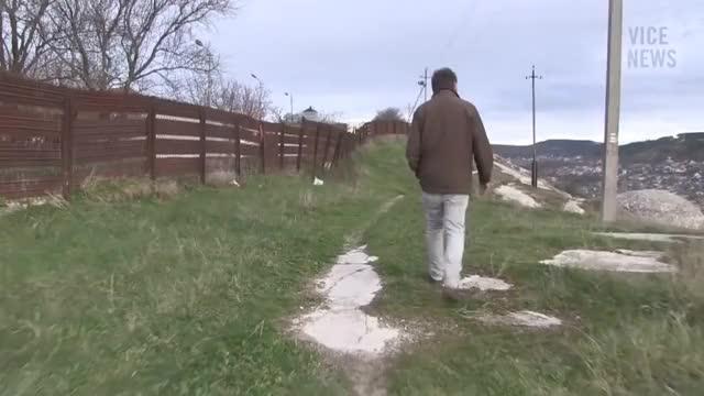 Watch Саймон Островский -  Как называется эта страна? GIF on Gfycat. Discover more Crimea, Ostrovsky, Simon, vicenews GIFs on Gfycat