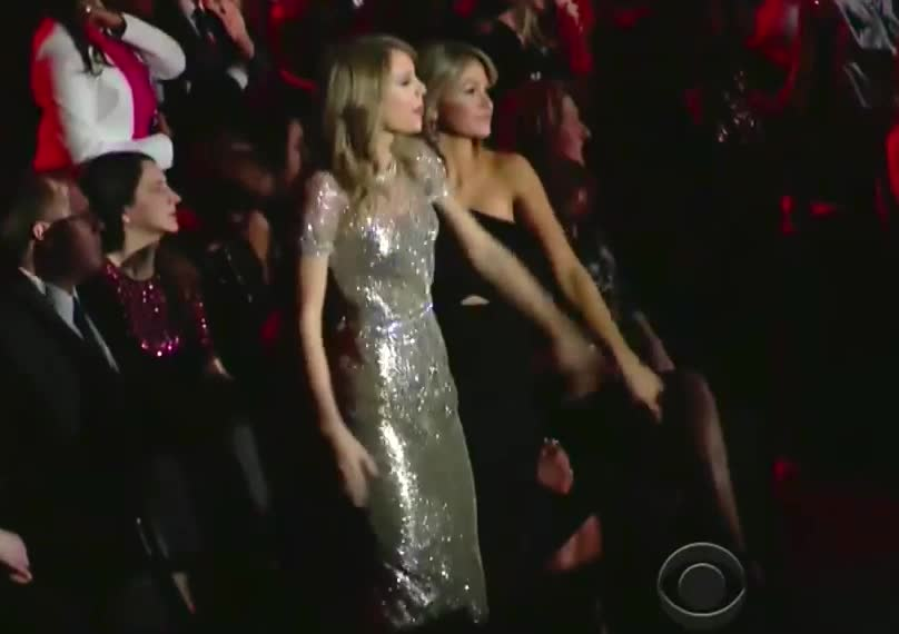 Taylor Swift, awkward, dance, dancing, gangster, t swizzle, Taylor Swift Awkward Dance Moves at Grammys 2014 (VIDEO) GIFs