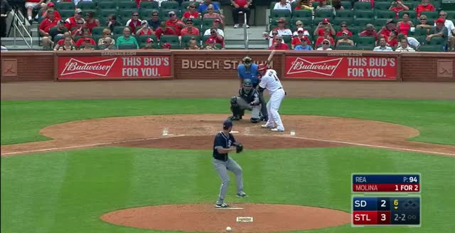 Watch this GIF by @lttljimmy on Gfycat. Discover more cardinals GIFs on Gfycat