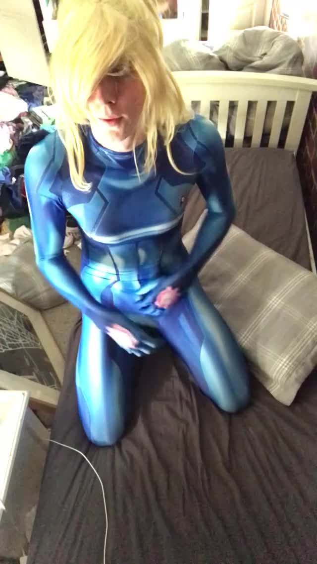 i want to get railed whilst dressed as Samus
