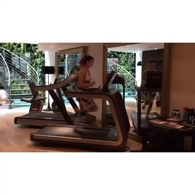 barbarapalvin, Treadmill [gif] (reddit) GIFs