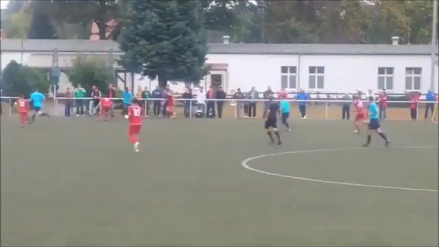 finalfantasyx, nevertellmetheodds, Non league player shoots, hits the bar, volleys the rebound and scores GIFs