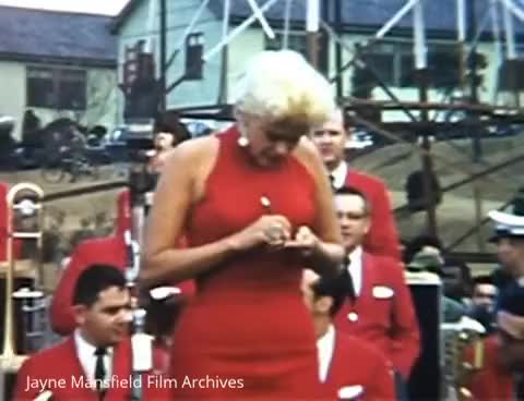 Jayne Mansfield & Bob Hope in Korea 1957