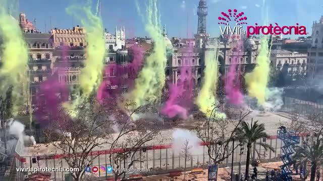Watch Fallas Valencia 2019 GIF by The Livery of GIFs (@thegifery) on Gfycat. Discover more 03, 10, 19, 2019, Fallas, ayuntamiento, caballer, domingo, fallas2019, falles, mascleta, pirofan, valencia, valencia2019 GIFs on Gfycat
