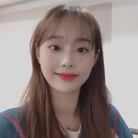 Watch and share Kuro | 구로카미 GIFs and Loona Chuu GIFs by Kuro | 구로카미 on Gfycat