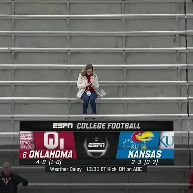 Watch and share College Football GIFs by gangbangkang on Gfycat