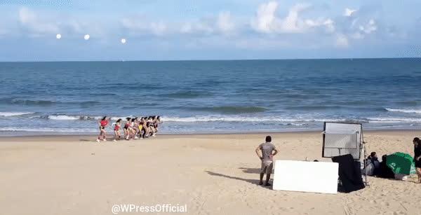 HOT: Bảo Thy đang cùng thí sinh The Face Việt Nam quay MV mới tại biển Long Hải?