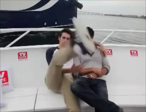 Watch dylan o'brien GIF on Gfycat. Discover more dylan, teen wolf GIFs on Gfycat