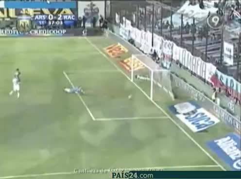 Watch Racing GIF on Gfycat. Discover more 2011, Toranzo, arsenal, clausura, racing GIFs on Gfycat