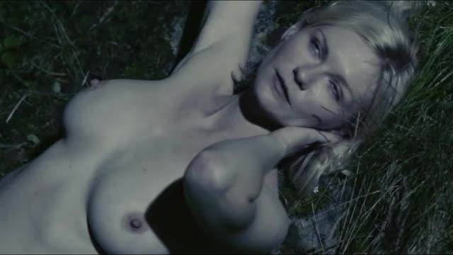 Kirsten Dunst - Melancholia - nude - SMOOTH SLOW-MO