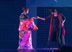 KAT-TUN, Kamenashi Kazuya, solos, I'm not like the otters GIFs
