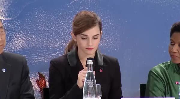 Watch Cute Expression during UN Speech GIF on Gfycat. Discover more emmawatson GIFs on Gfycat