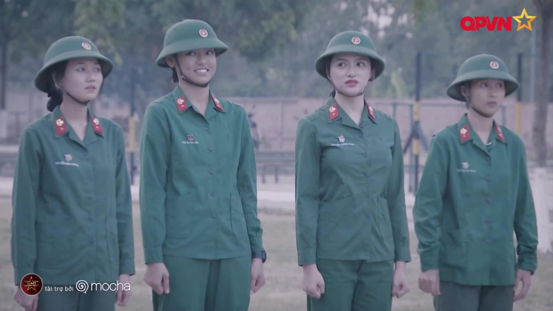 Hương Giang  Mai Ngô: Cặp đôi gặp nhau là cười vô cùng ăn ý của Sao nhập ngũ