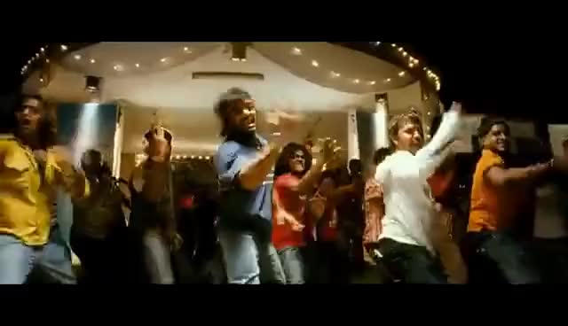Watch and share Vaaranam Aayiram - Ava Enna Video | Harris Jayaraj | Suriya GIFs on Gfycat