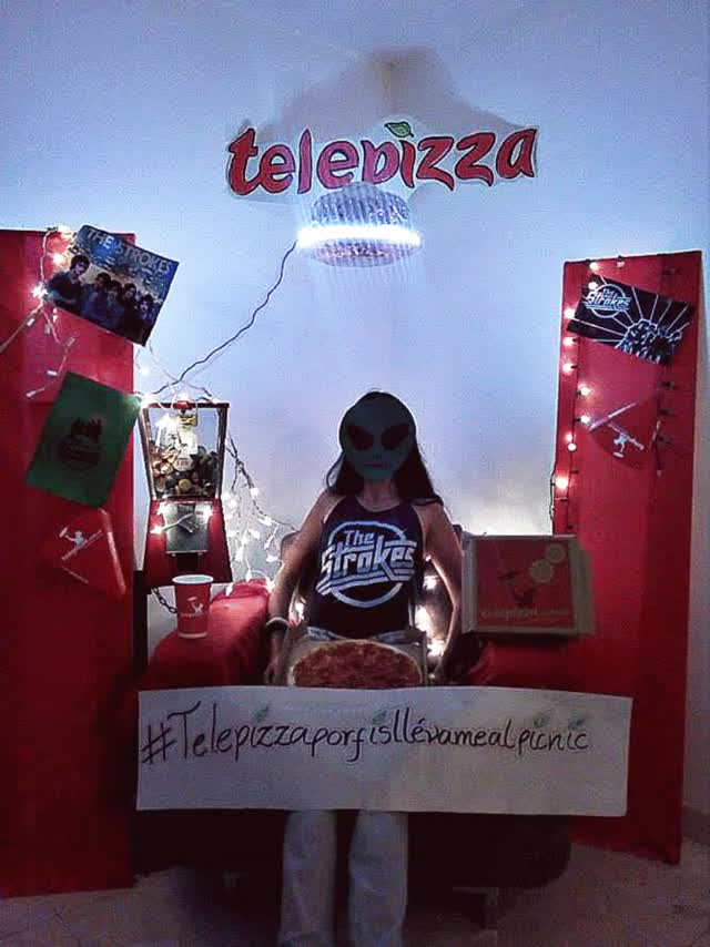 Watch Telepizzallevamealpicnic handmade GIF by Anaís Rojas (@anaisrojas) on Gfycat. Discover more related GIFs on Gfycat