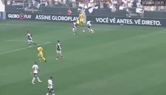 Watch and share Corinthians X Vasco - Pênalti Não Marcado Em Cima Do Jô GIFs on Gfycat