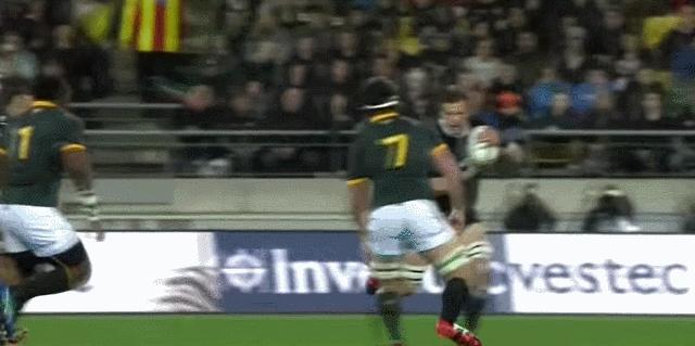 HighlightGIFS, highlightgifs, [GIF] Richie McCaw vs. South Africa's Finest Hitmen (reddit) GIFs