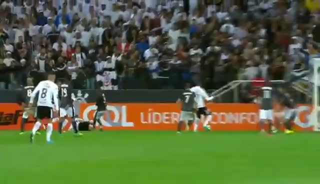 "Watch and share ""TIME DO POVO"" Narrador Da GLOBO Emociona Com GOL Do CORINTHIANS Contra O Botafogo GIFs on Gfycat"