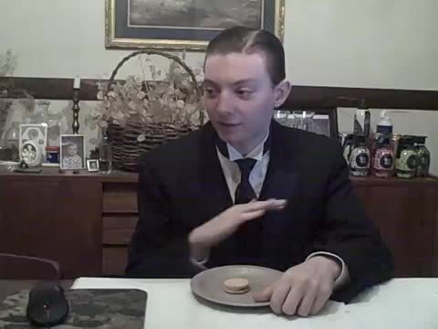 thereportoftheweek, Root Beer Float Oreos - Running On Empty - Food Review (reddit) GIFs