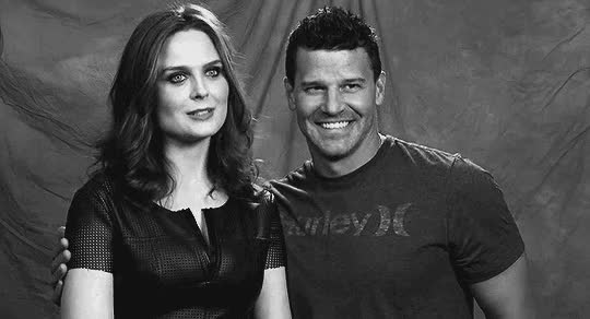 Watch 10x10 GIF on Gfycat. Discover more david boreanaz, emily deschanel GIFs on Gfycat