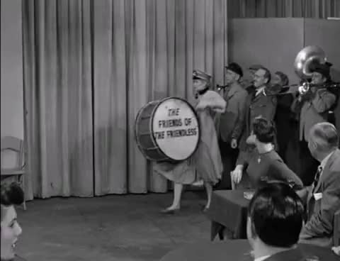 I Love Lucy Friends Of The Friendless Lucys Last Birthday Gif