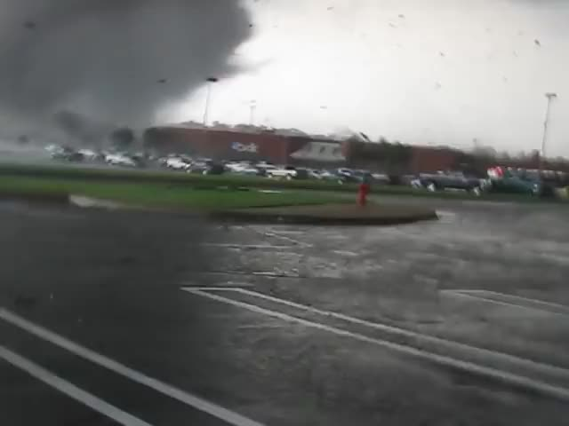 Watch and share Tuscaloosa GIFs and Tornado GIFs by SLR107FR31 on Gfycat