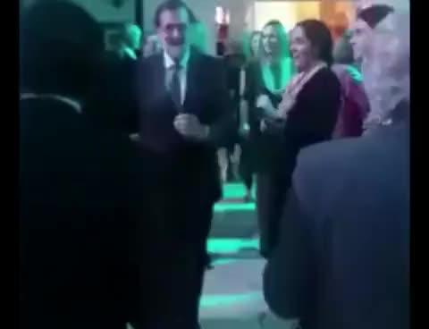 """Watch Mariano Rajoy de fiesta bailando """"Mi Gran Noche"""" de Raphael GIF on Gfycat. Discover more related GIFs on Gfycat"""