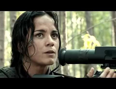 Predators-Isabelle, Predators-Isabelle GIFs