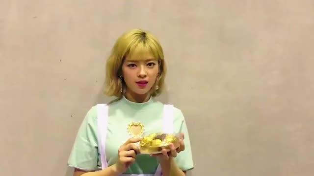 Watch Jeong GIF by Jer (@jersucks) on Gfycat. Discover more jeongyeon, kpop, twice GIFs on Gfycat