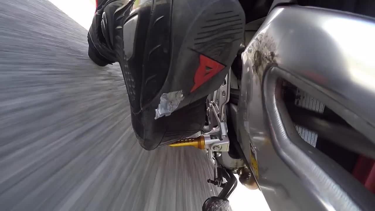 Trackdays, trackdays, Turn 1 exit wheelie 50% GIFs