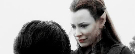 Watch Cha Tauriel GIF on Gfycat. Discover more evangeline lilly GIFs on Gfycat
