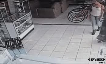Woman steals TV