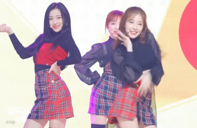 Watch and share Honeycam 2018-11-05 00-05-53 GIFs by 키키붐 on Gfycat