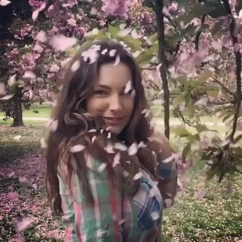 Watch and share Kelly Brook GIFs by A Pretty Girl is Like a Melody on Gfycat