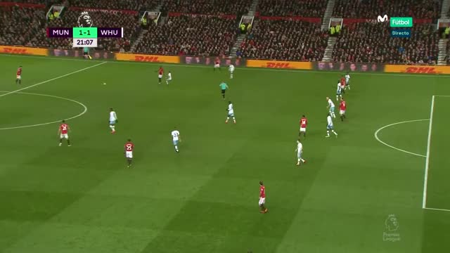 Watch and share 34 Ibrahimovic (2) GIFs by mu_goals_16-x on Gfycat