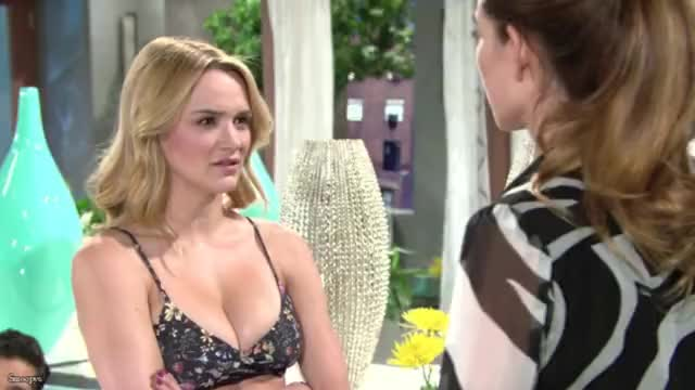 Watch Hunter King [r/Smoopys_Celebs] GIF by Smoopys Celebs (@smoopys_celebs) on Gfycat. Discover more celebrities, celebs, hunter king GIFs on Gfycat