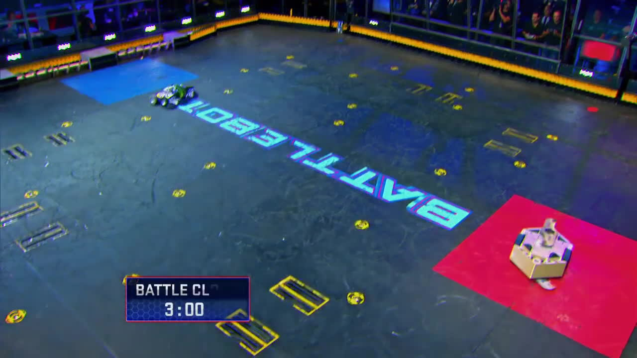 Rotator vs. Witch Doctor - BattleBots GIFs