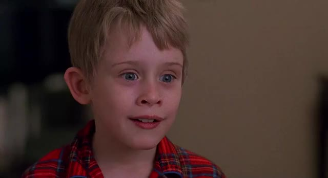 Watch and share Macaulay Culkin GIFs by parameter on Gfycat