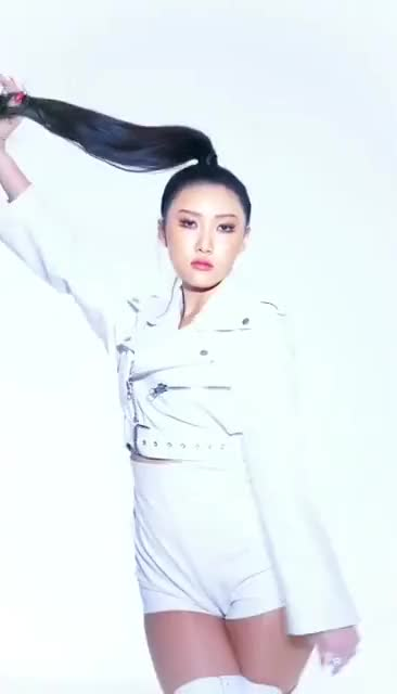 Watch and share Mamamoo Hwasa GIFs and Hwasa Fancam GIFs by JSYFB on Gfycat