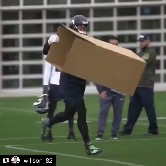 football, funny, seattle, Seahawks Practice GIFs