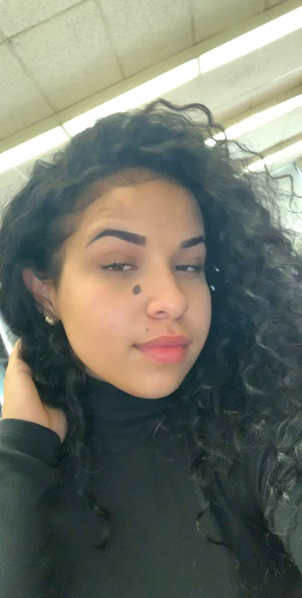 Watch and share Alessia Cara GIFs and Celebs GIFs on Gfycat