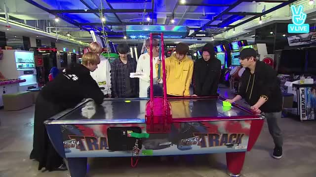 Watch and share [ENG/INDO/PORTUGESE/SPAIN/FRENCH SUB] (170418) Run BTS! EP 18 GIFs on Gfycat